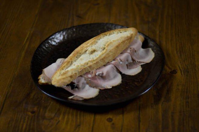 Broodje Fricandeau